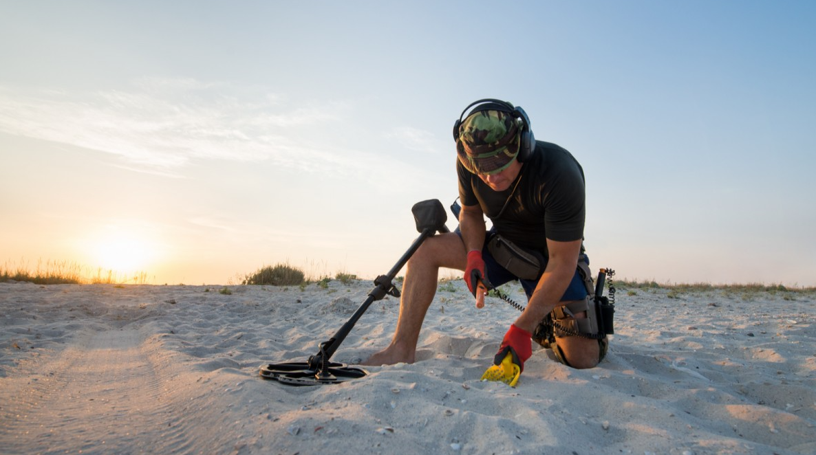 How to Use a Gold Metal Detector